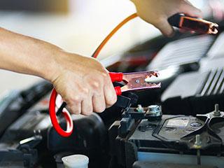 ¿Qué hacer cuando se agota la batería de tu carro?